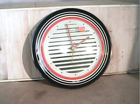 Horloge so 80's