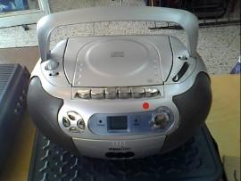 LECTEUR RADIO .CD.CASSETTE