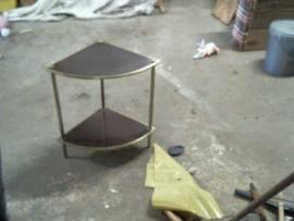 Petit meuble d'angle