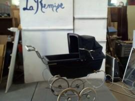 Landau carrosserie enfantine