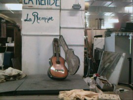 guitare yamaha CG 110A