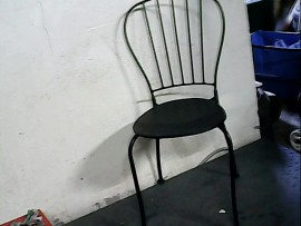 chaise metallique