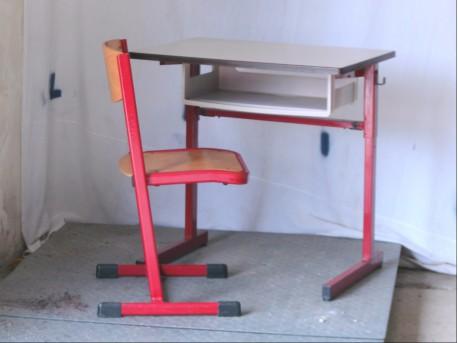 table et chaise d'école